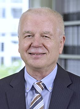 Wolfgang Willmann, Geschäftsführer bei wp-dental